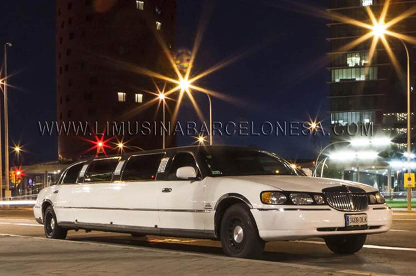Limusina Lincoln Blanca | Limusina Barcelonesa